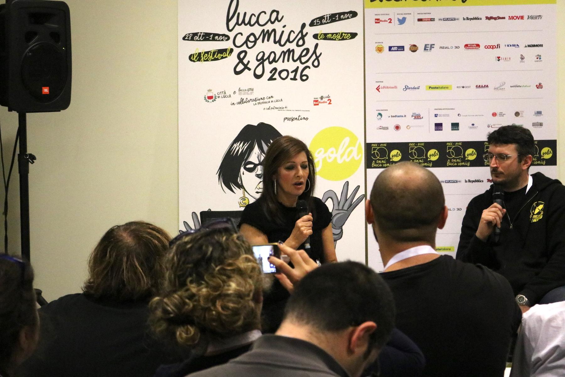 Lucca 2016: uno scatto di Marina Sirtis al Press Cafè