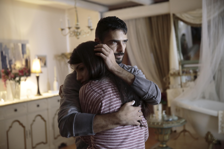 Solo: Marco Bocci e Carlotta Antonelli in una foto della serie