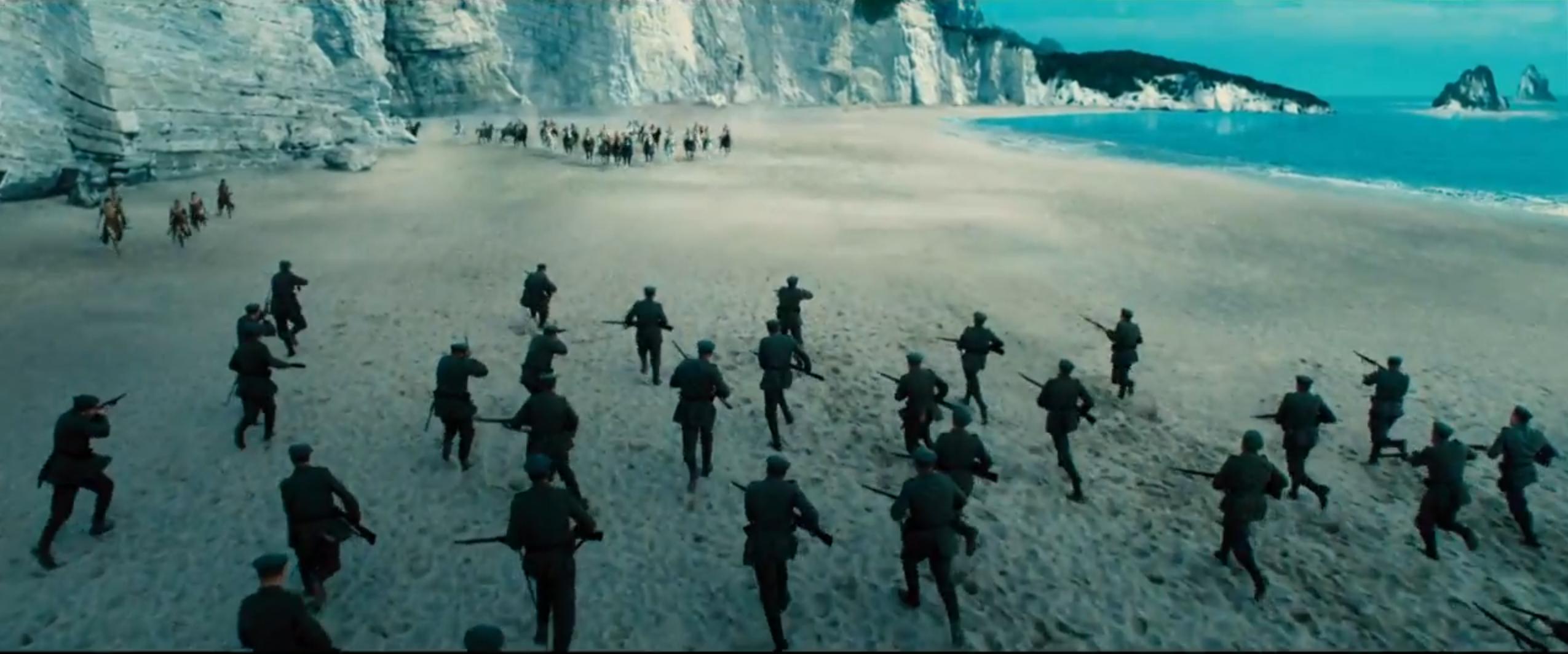 Wonder Woman: la battaglia tra umani ed Amazzoni in una scena del nuovo trailer
