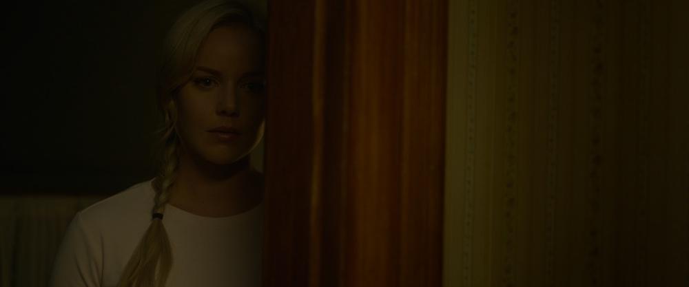 Lavender: Abbie Cornish in una scena del film