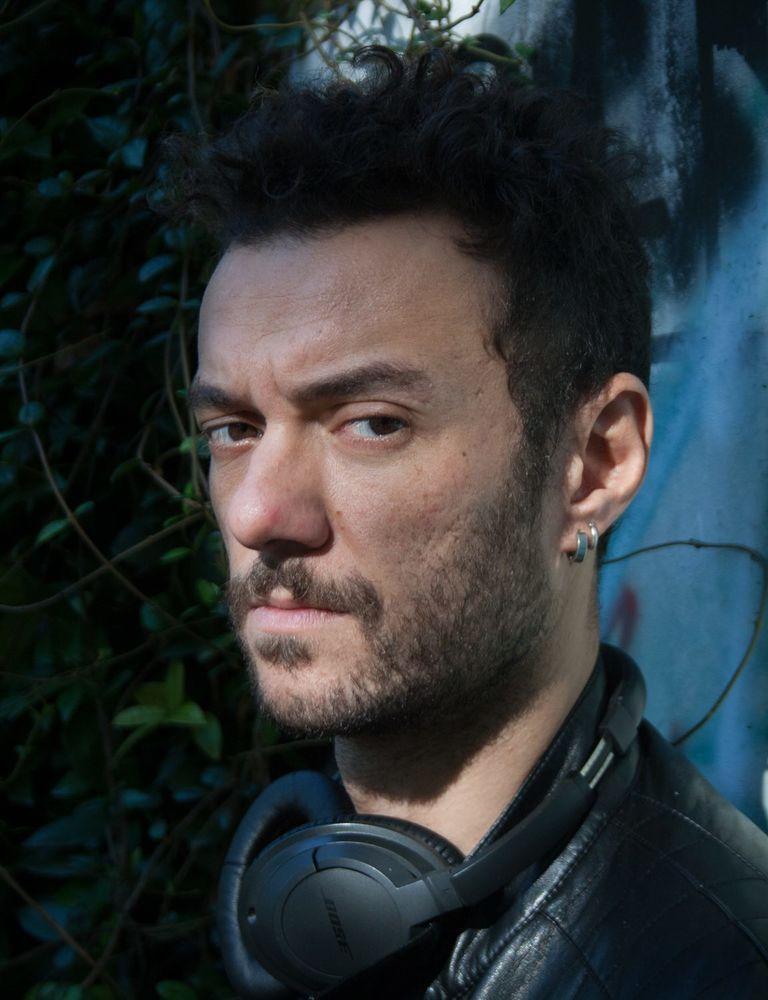 Saro: il regista Enrico Maria Artale in un'immagine promozionale del documentario