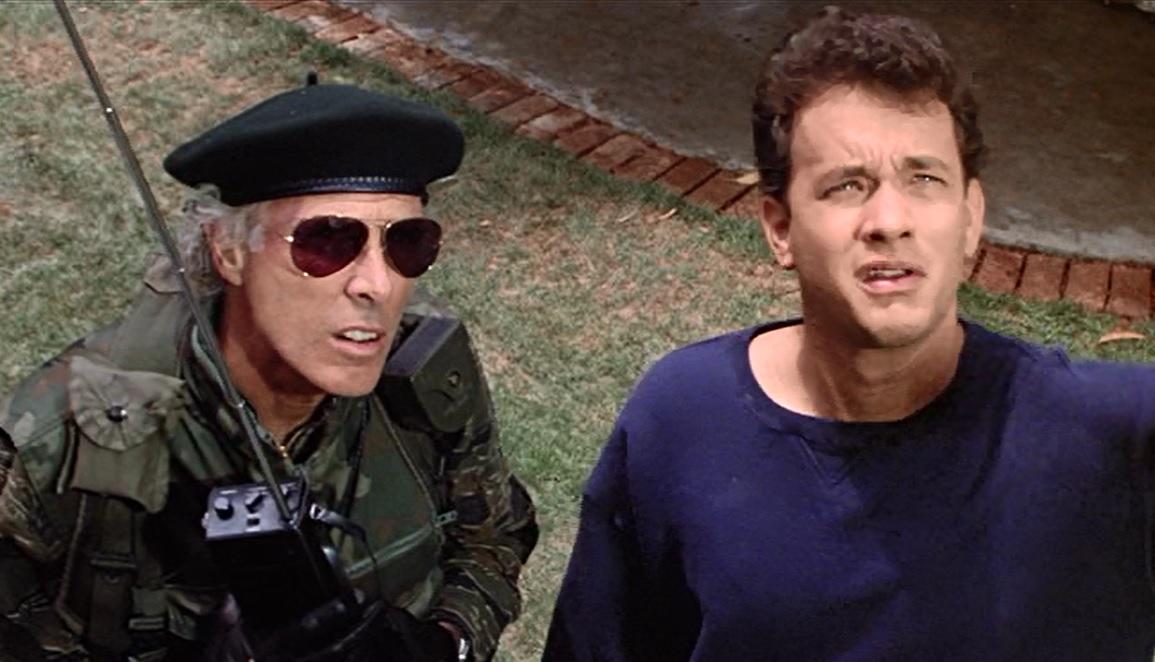 L'erba del vicino: Tom Hanks e Bruce Dern n una scena