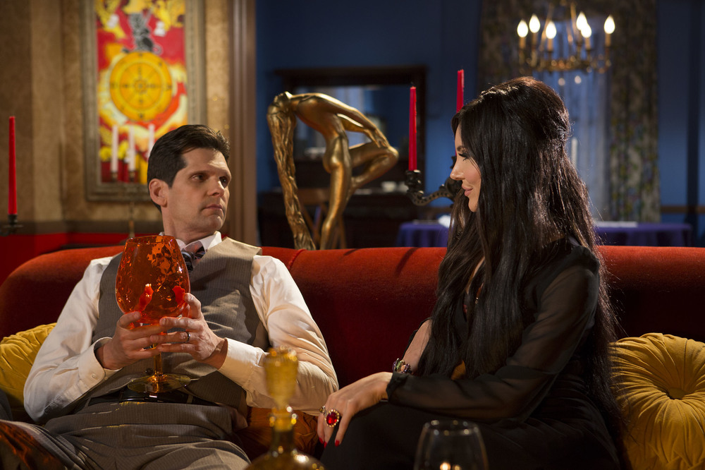 The Love Witch: Samantha Robinson e Robert Seeley in un'immagine del film