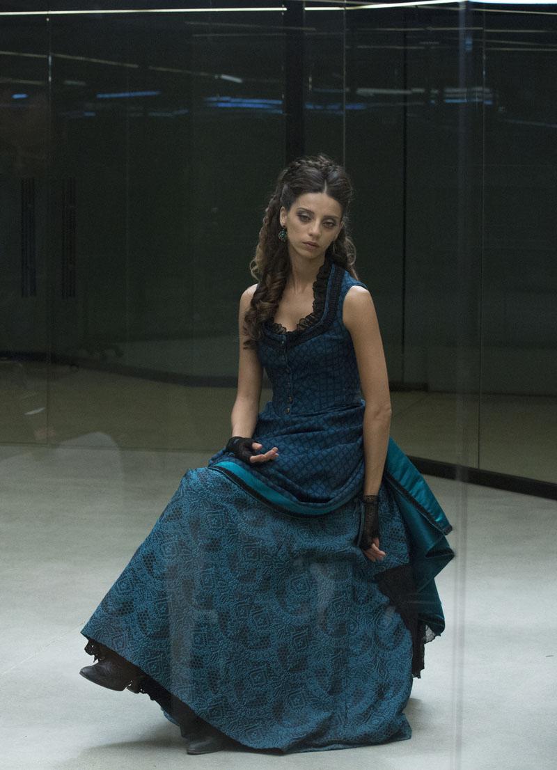 Westworld: l'attrice Angela Sarafyan in Trompe L'Oeil