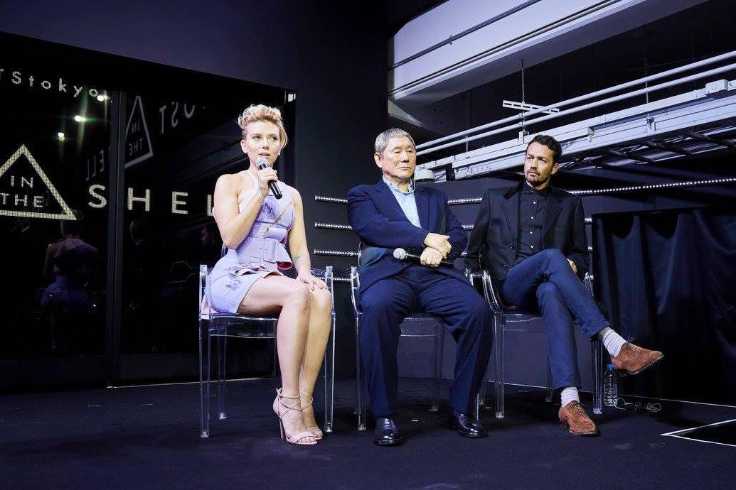 Ghost in the Shell: Scarlett Johansson, Takeshi Kitano e Rupert Sanders all'evento di Tokyo