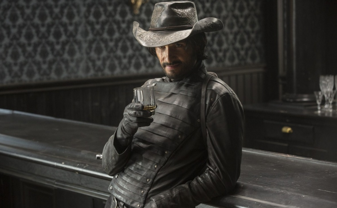 Westworld: l'attore Rodrigo Santoro in Trace Decay