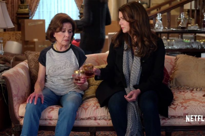 Gilmore Girls: un anno insieme - Kelly Bishop con Lauren Graham