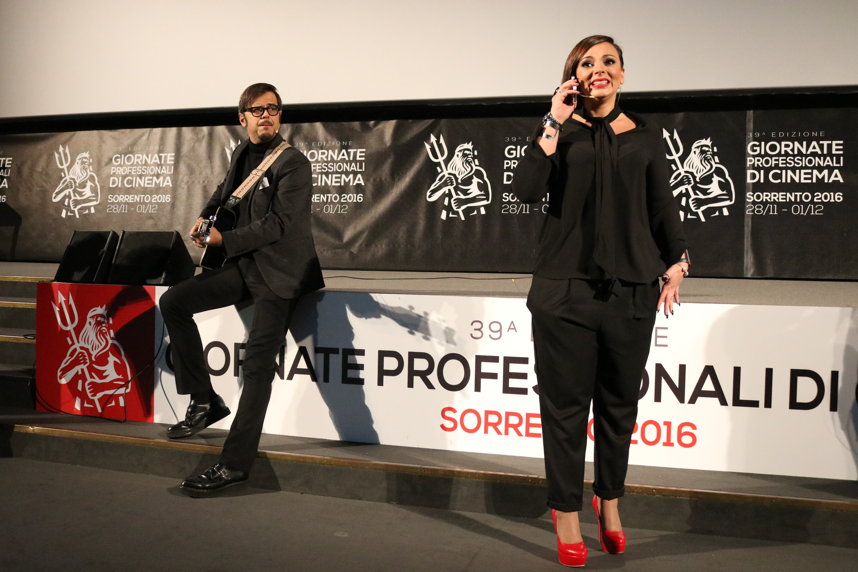 Natale a Londra: Greg e Monica Lima a Sorrento per le giornate professionali di cinema