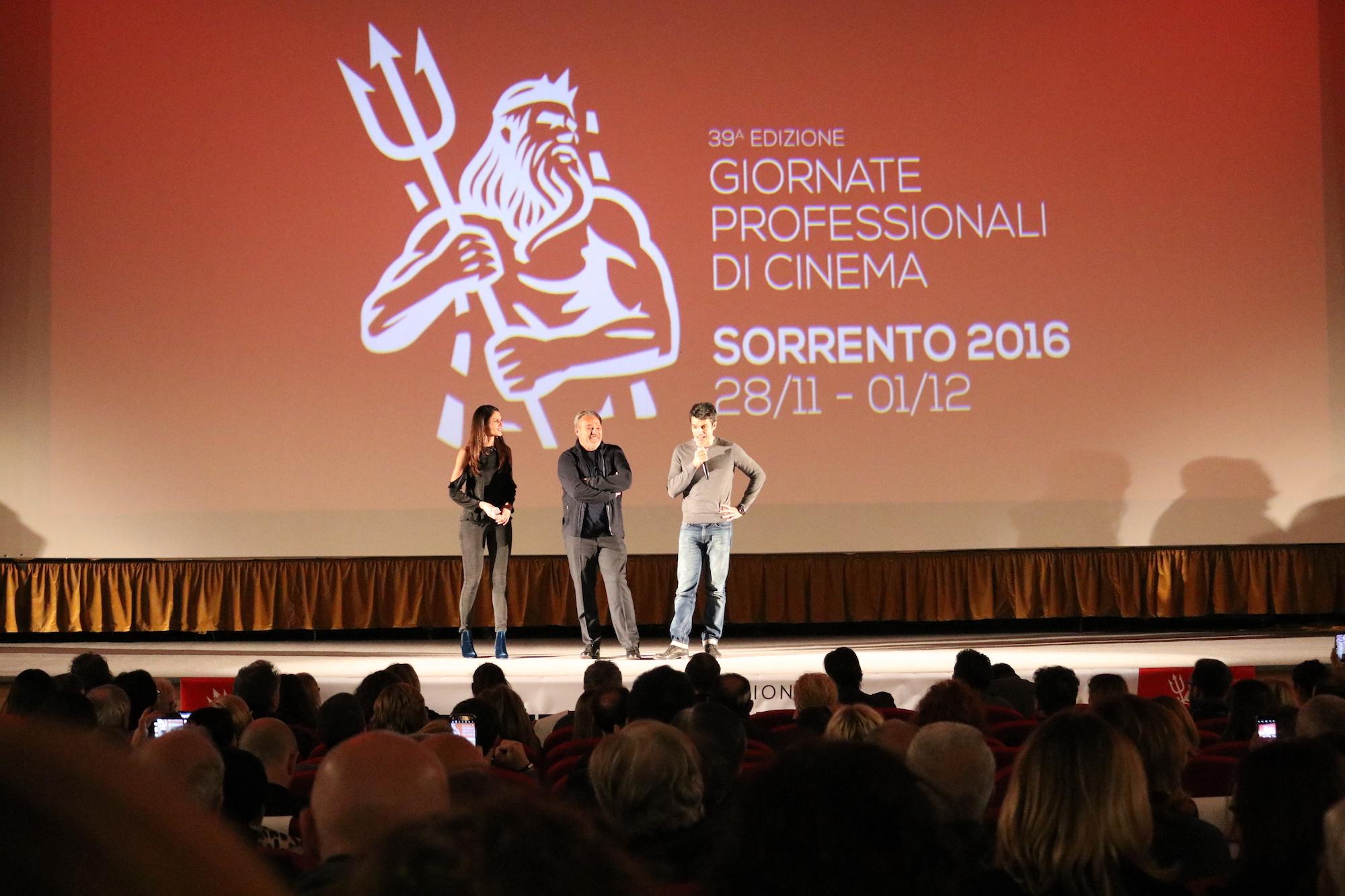 Il permesso: Claudio Amendola e Luca Argentero presentano il film a Sorrento