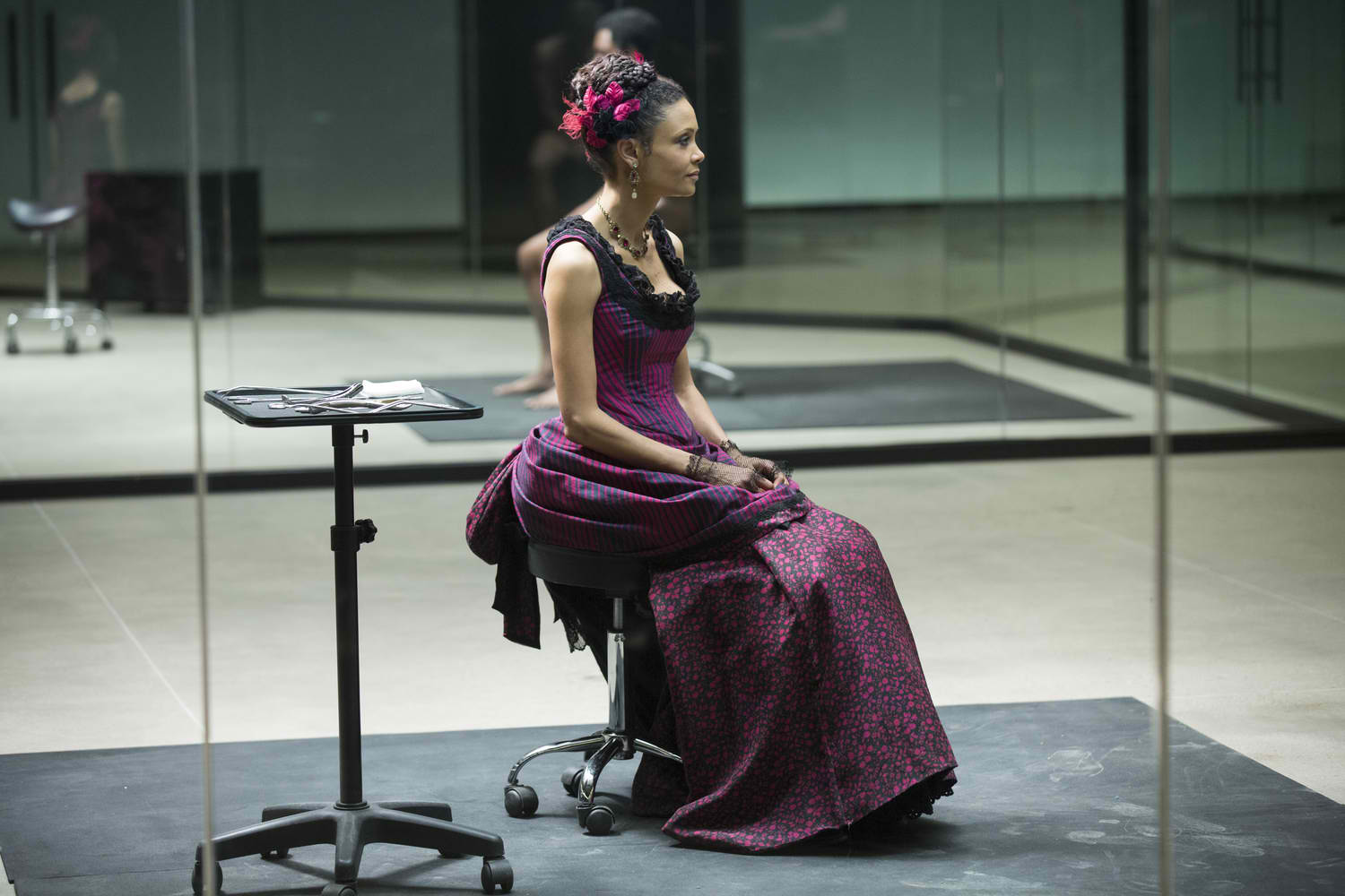 Westworld: l'attrice Thandie Newton in The Well-Tempered Clavier