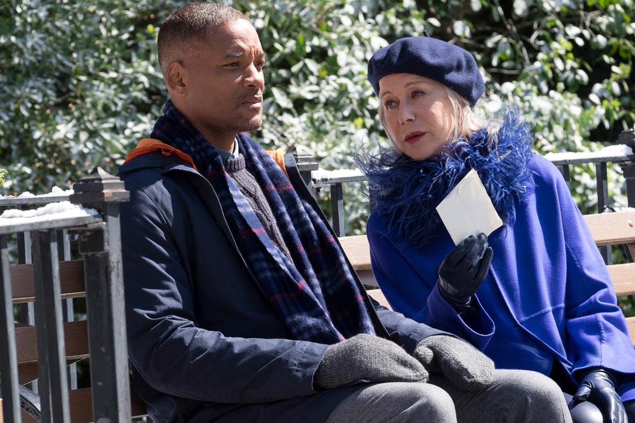 Collateral Beauty: Will Smith ed Helen Mirren in un scena del film