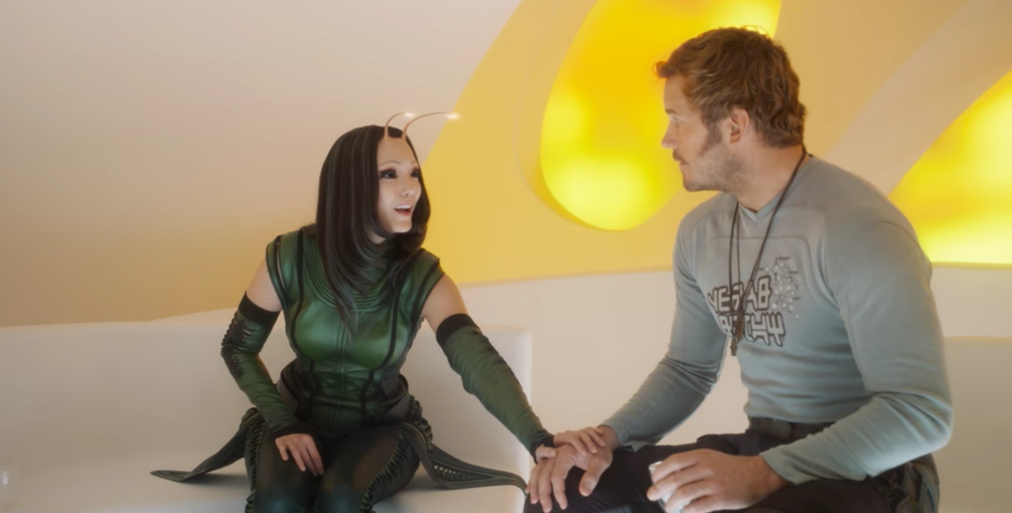 Guardiani della galassia Vol.2: Mantis e Star Lord in un immagine del film