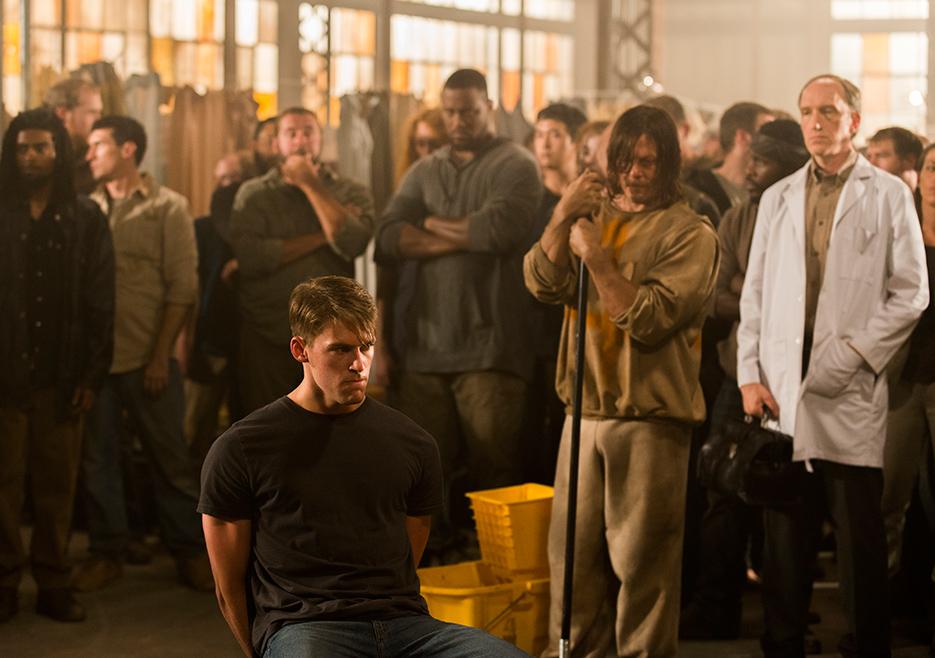 The Walking Dead: Griffin Freeman, Norman Reedus e Tim Parati in Tu sei il mio sole