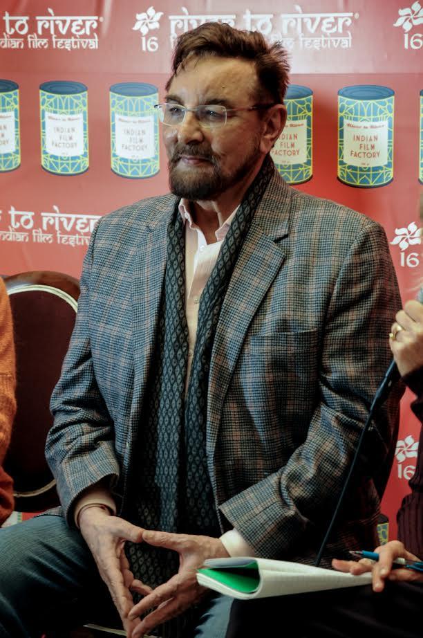 Kabir Bedi durante la conferenza stampa a Firenze