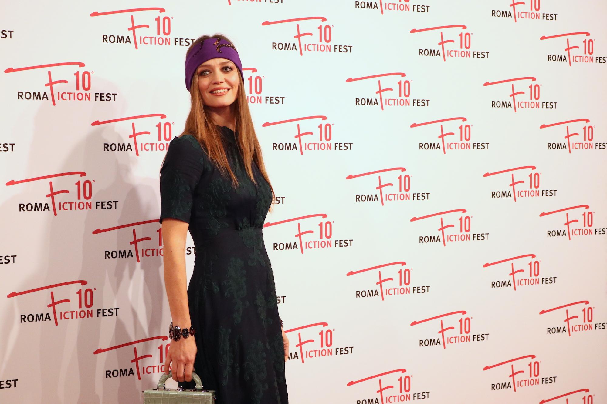 Roma Fiction Fest 2016: Francesca Cavallin sul red carpet di Di padre in figlia
