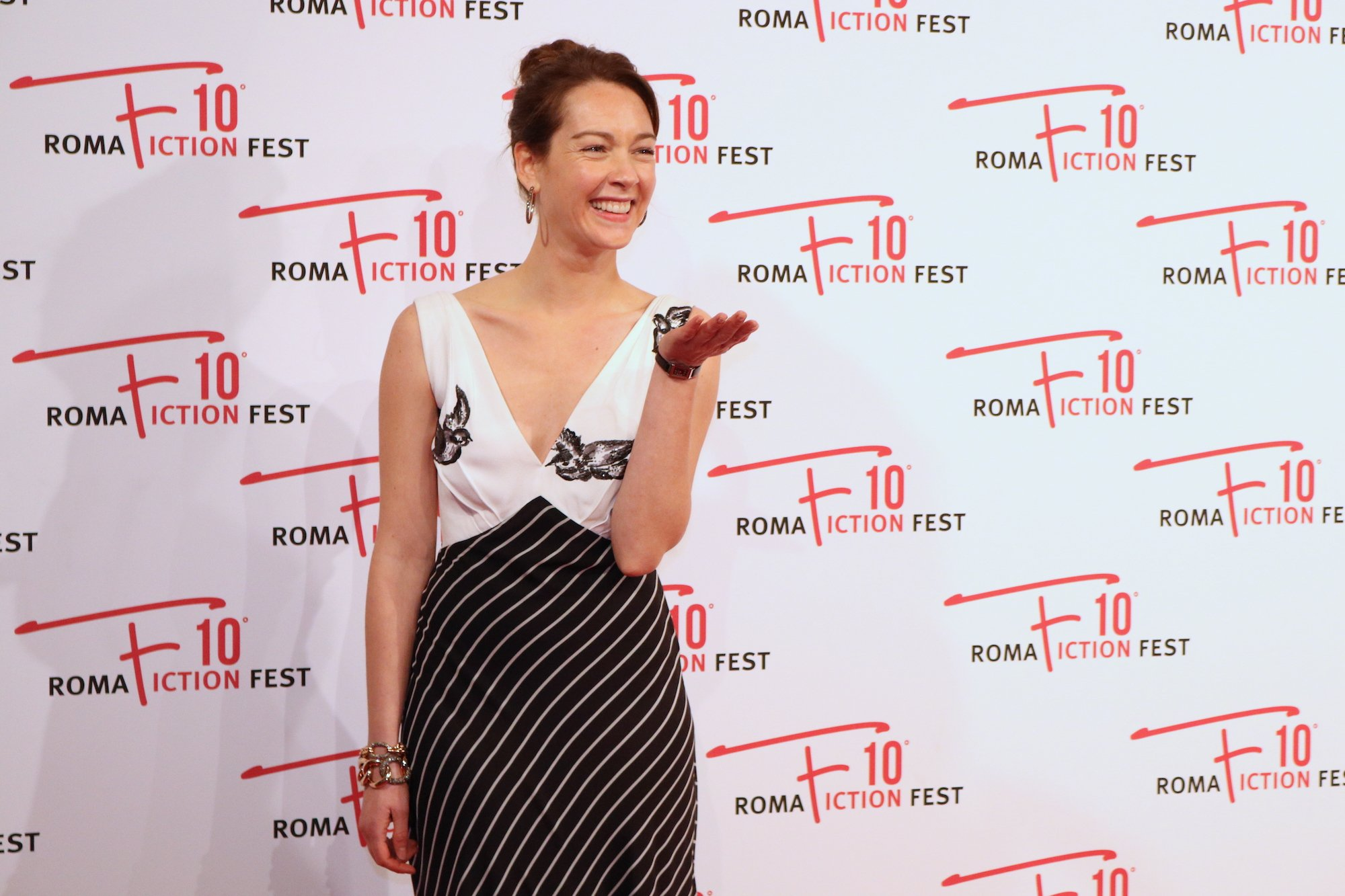 Roma Fiction Fest 2016: uno scatto di Cristiana Capotondi sul red carpet di Di padre in figlia