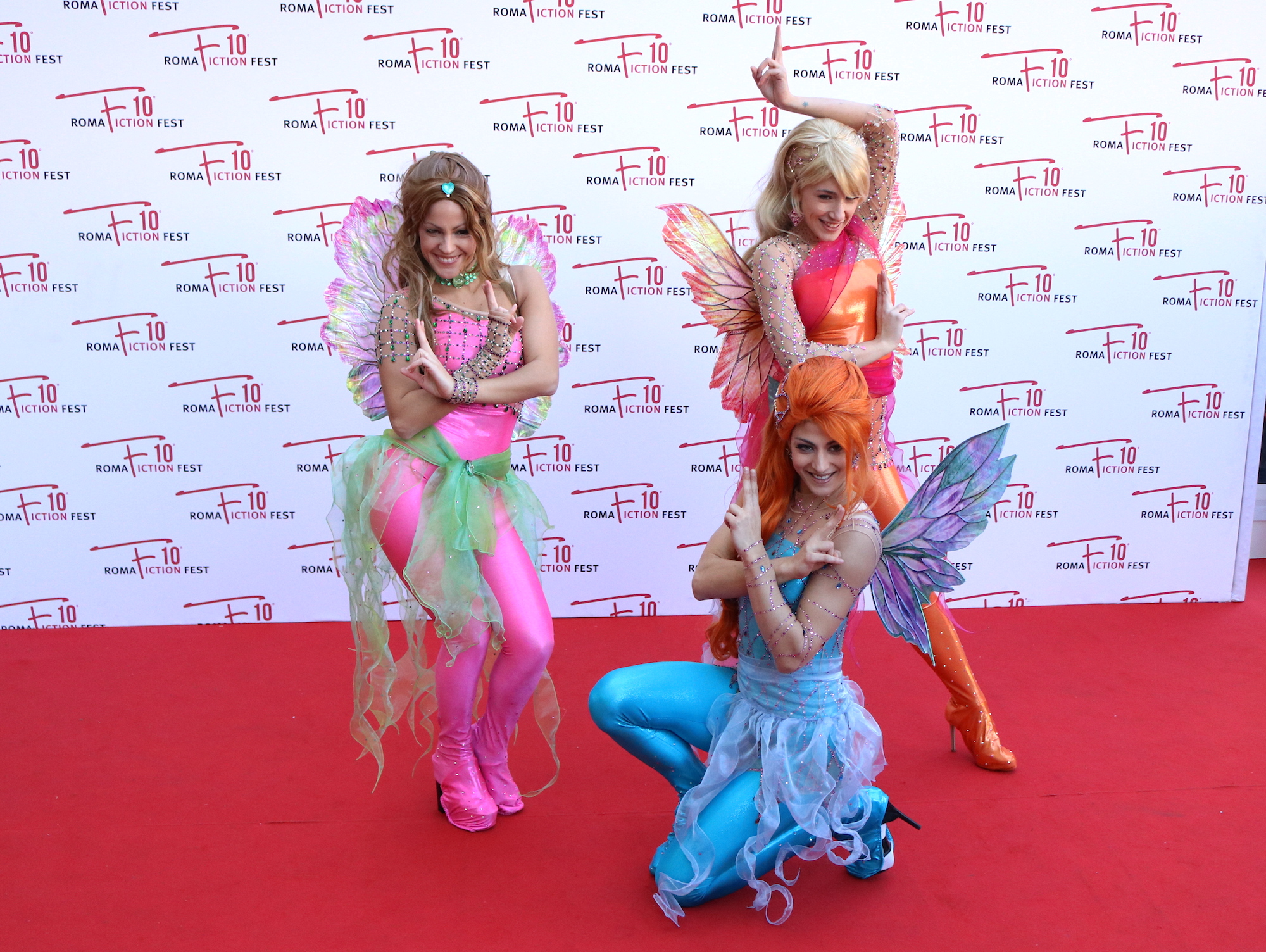 Roma Fiction Fest 2016: le Winx in posa sul red carpet