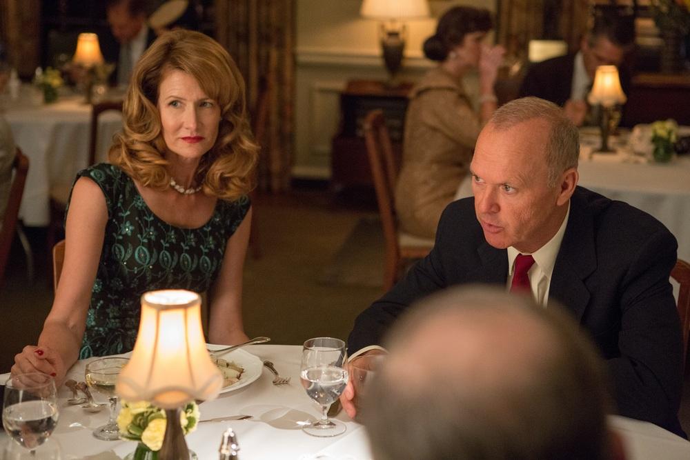 The Founder: Laura Dern e Michael Keaton in una scena del film