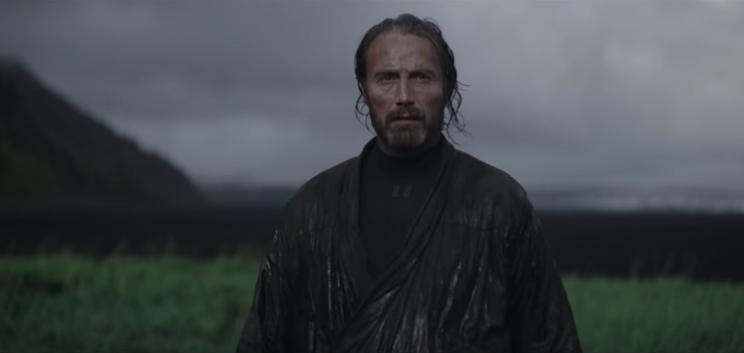 Rogue One: Mads Mikkelsen in una scena del film