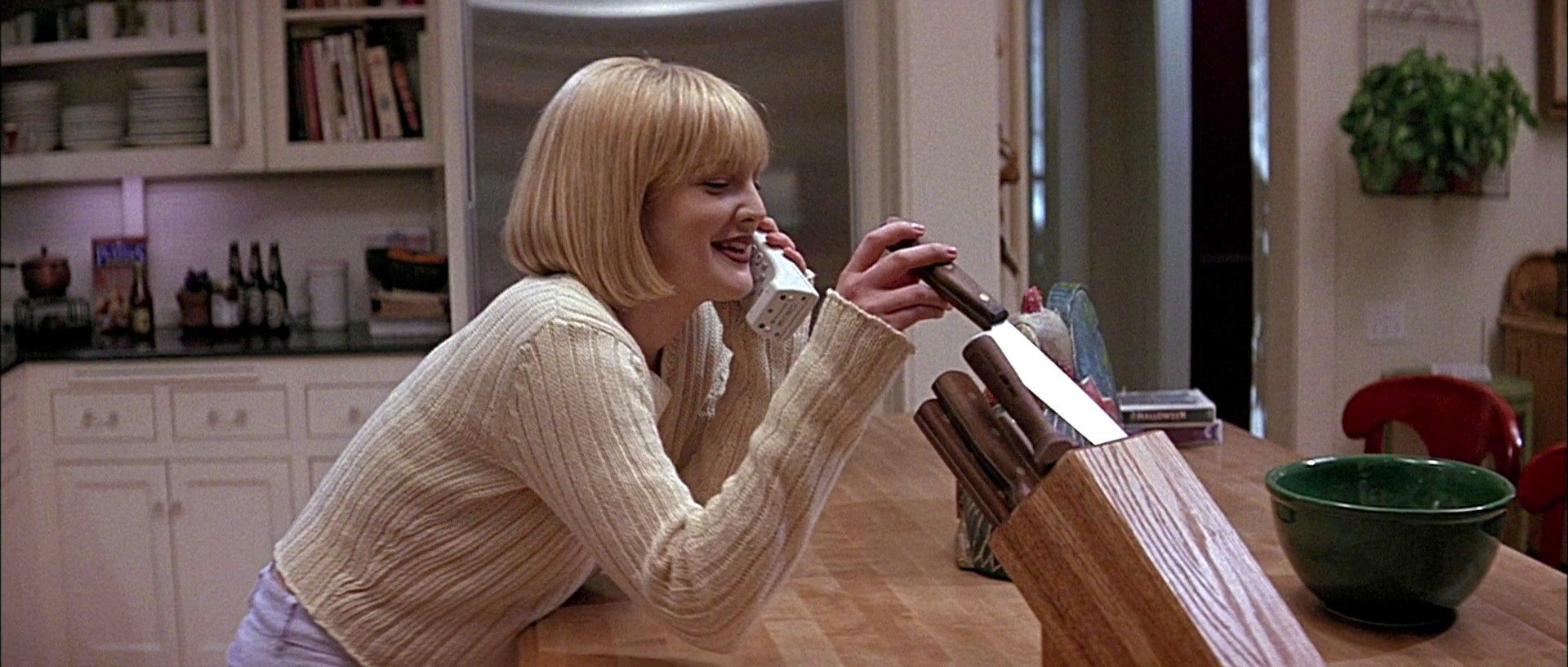 Drew Barrymore in Scream (1996)