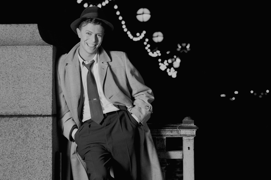 David Bowie: il cantante nel video di Absolute Beginners