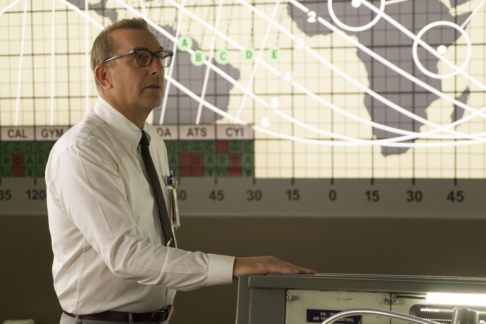 Il diritto di contare: Kevin Costner in una scena del film