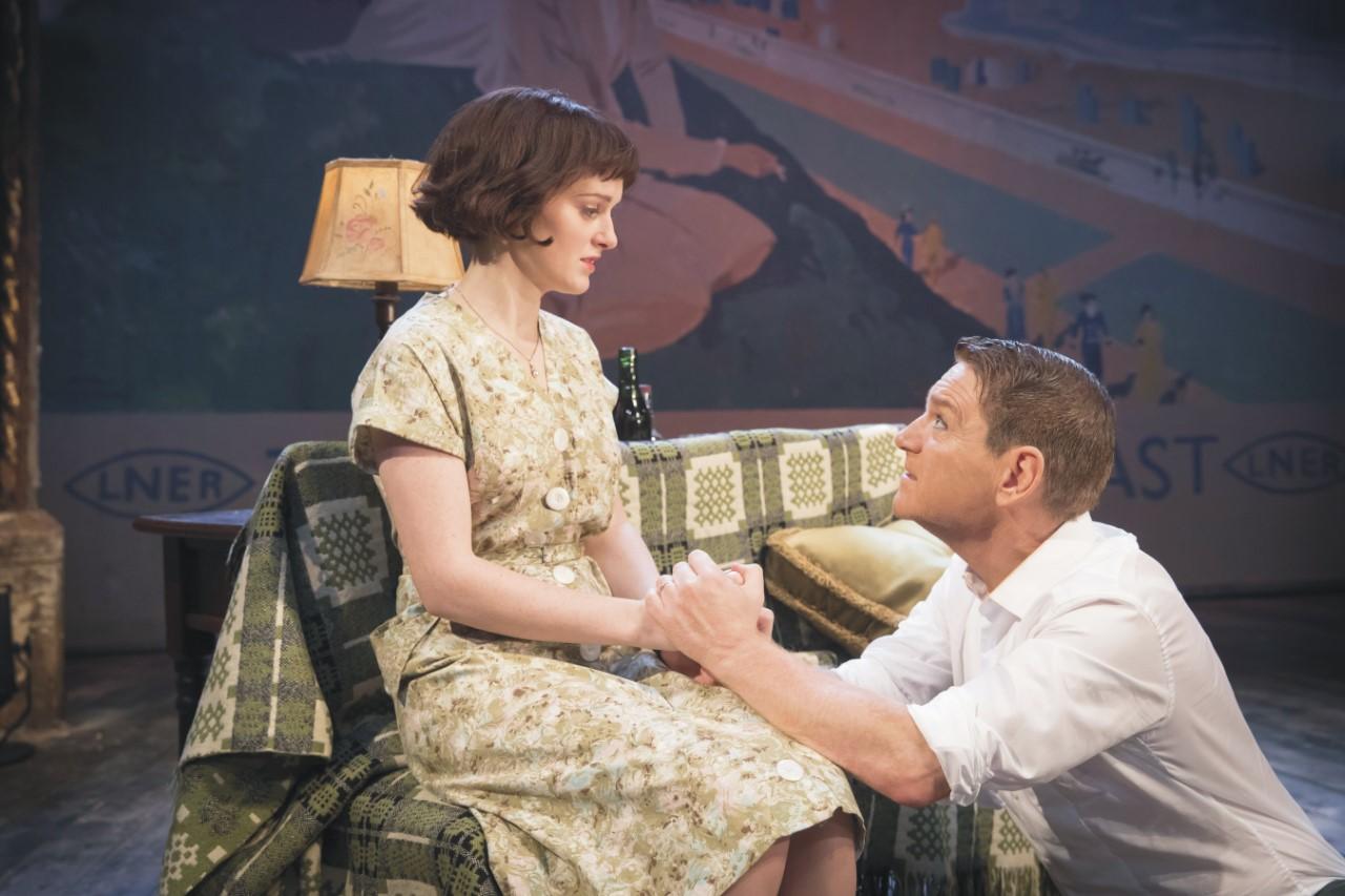 Kenneth Branagh Theatre Company - The Entertainer: Branagh e Sophie McShera in scena