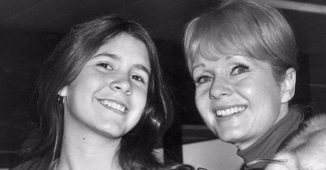 Bright Lights: un'immagine di Carrie Fisher e sua madre Debbie Reynolds