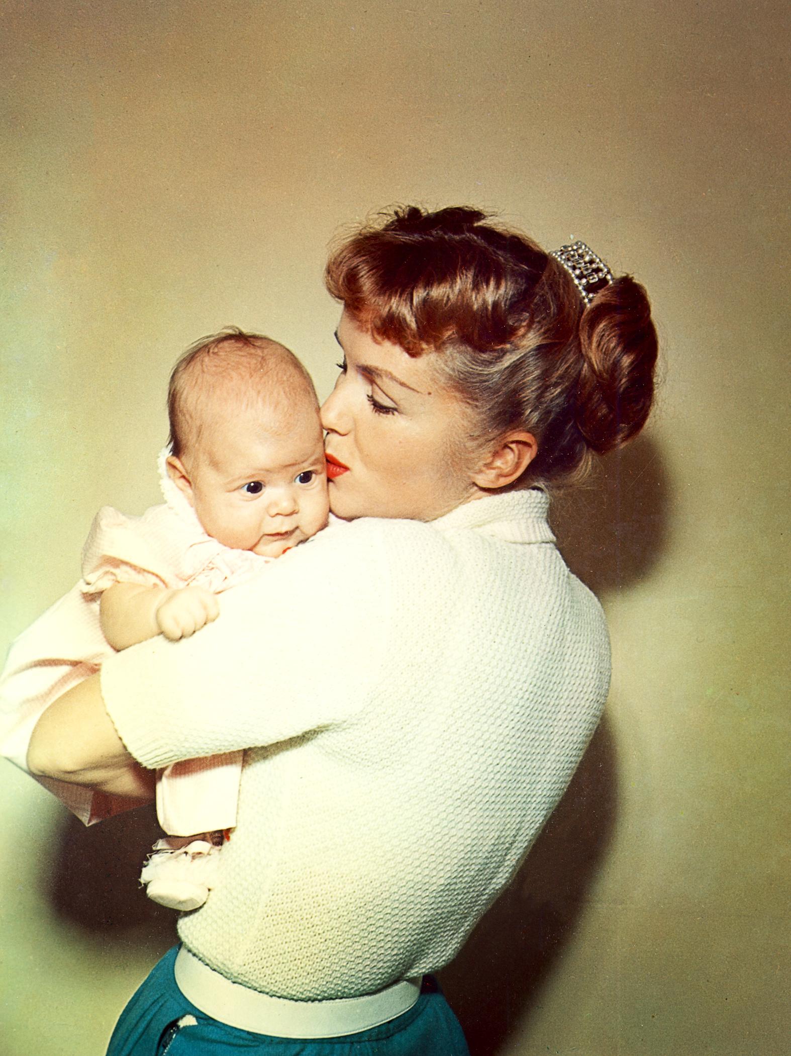 Bright Lights: una foto di Debbie Reynolds e Carrie Fisher