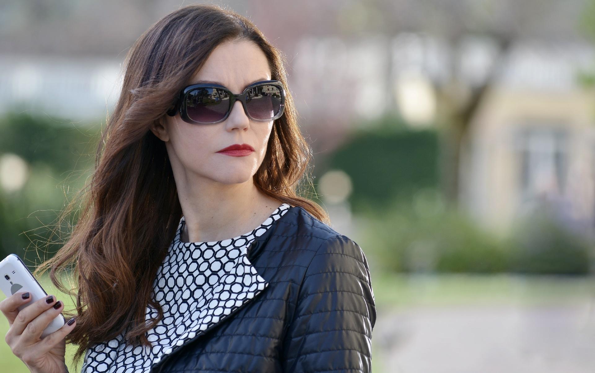 Il bello delle donne: l'attrice Alessandra Martines