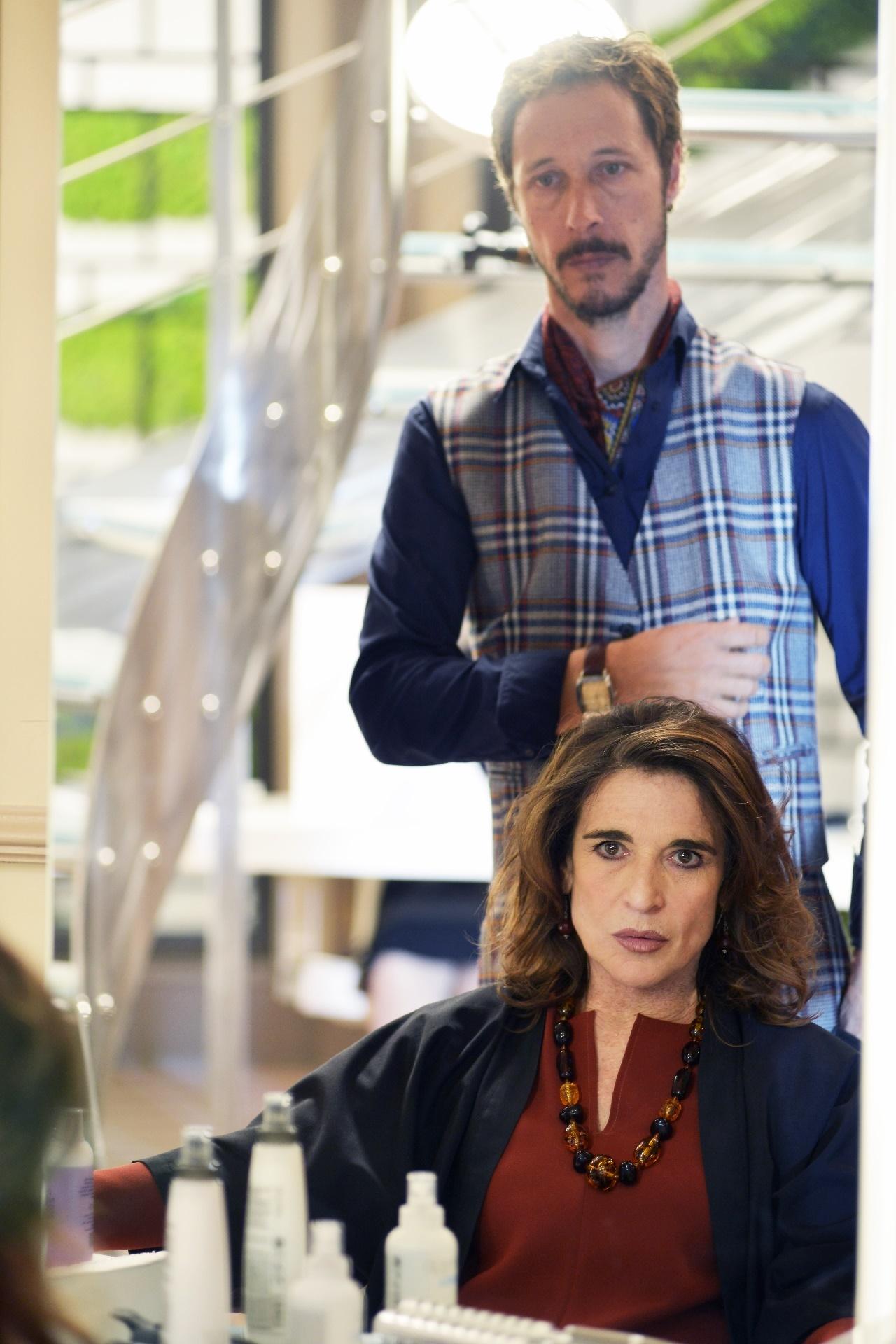 Il bello delle donne: Massimo Bellinzoni e Lina Sastri in una foto