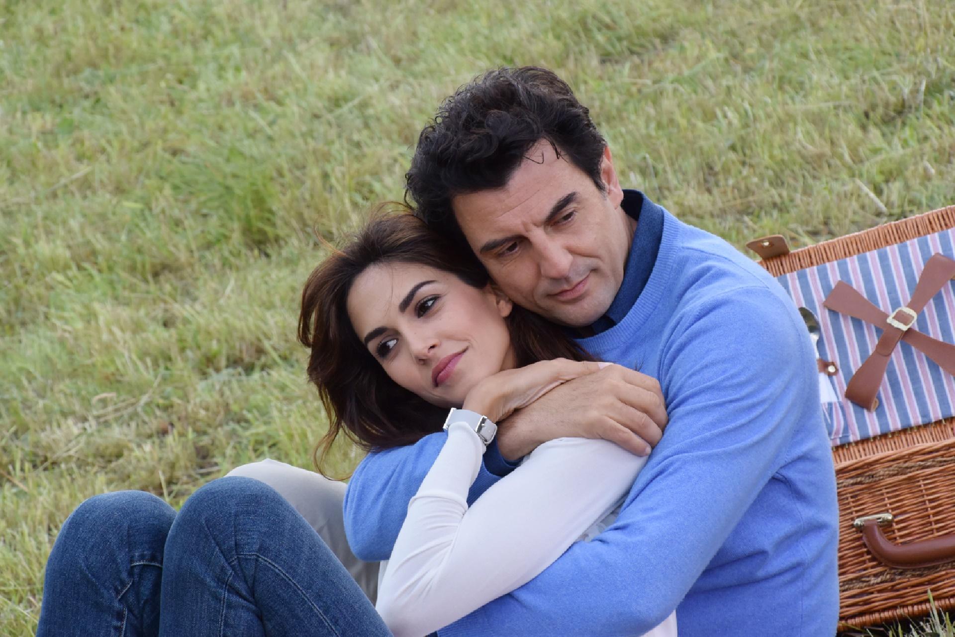 Un passo dal cielo: Enrico Ianniello nella quarta stagione