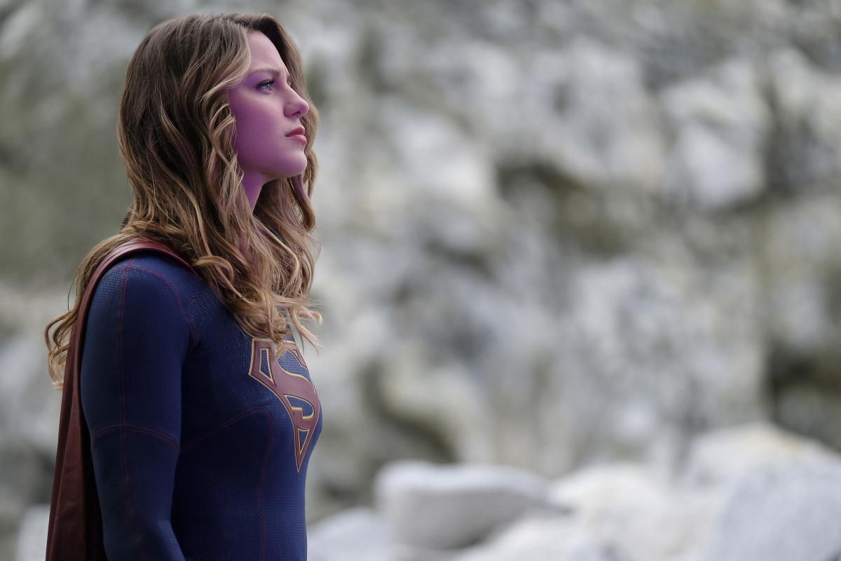 Supergirl: Melissa Benoist nell'episodio Supergirl Lives