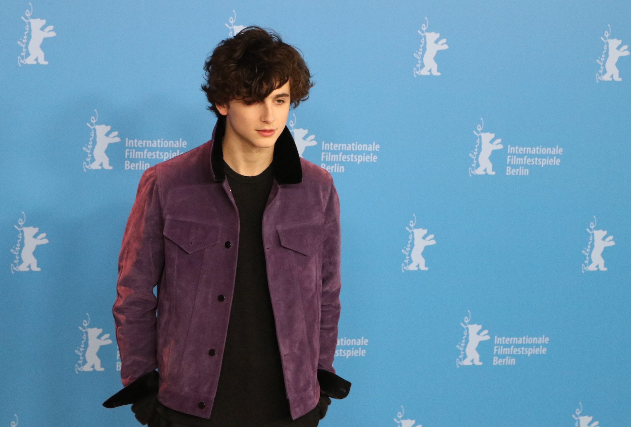 berlino 2017 timoth e chalamet al photocall di call me by. Black Bedroom Furniture Sets. Home Design Ideas