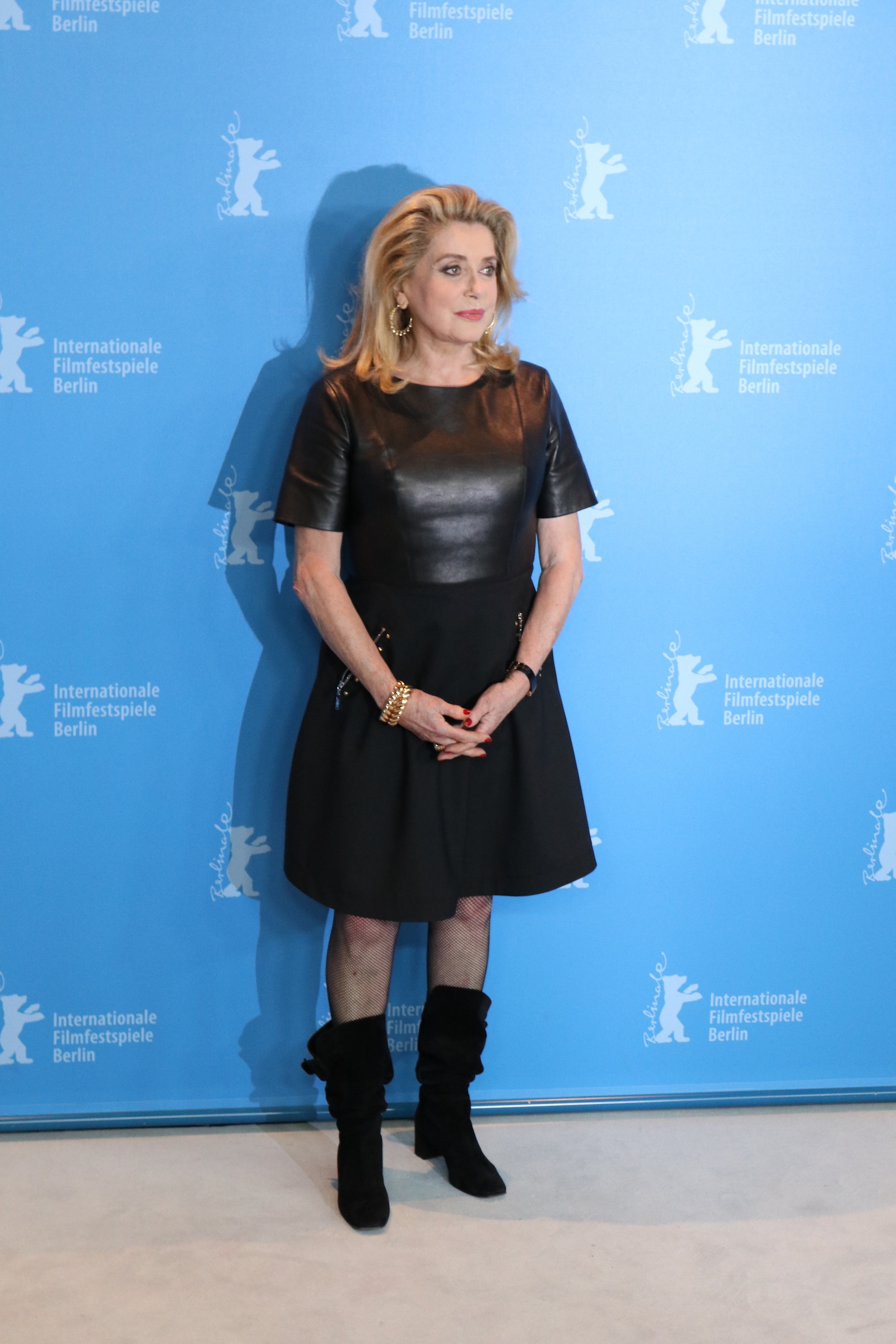 Berlino 2017:uno scatto di Catherine Deneuve al photocall di The Midwife