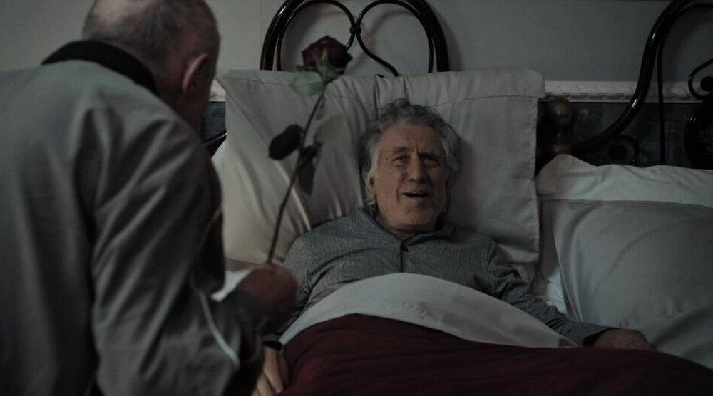 Chi salverà le rose?: Carlo Delle Piane e Lando Buzzanca in una scena del film