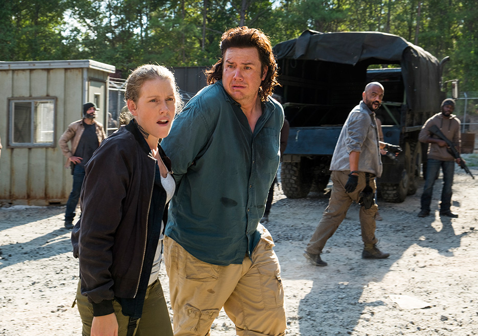 The Walking Dead: Josh McDermitt in una foto di Hostiles and Calamities