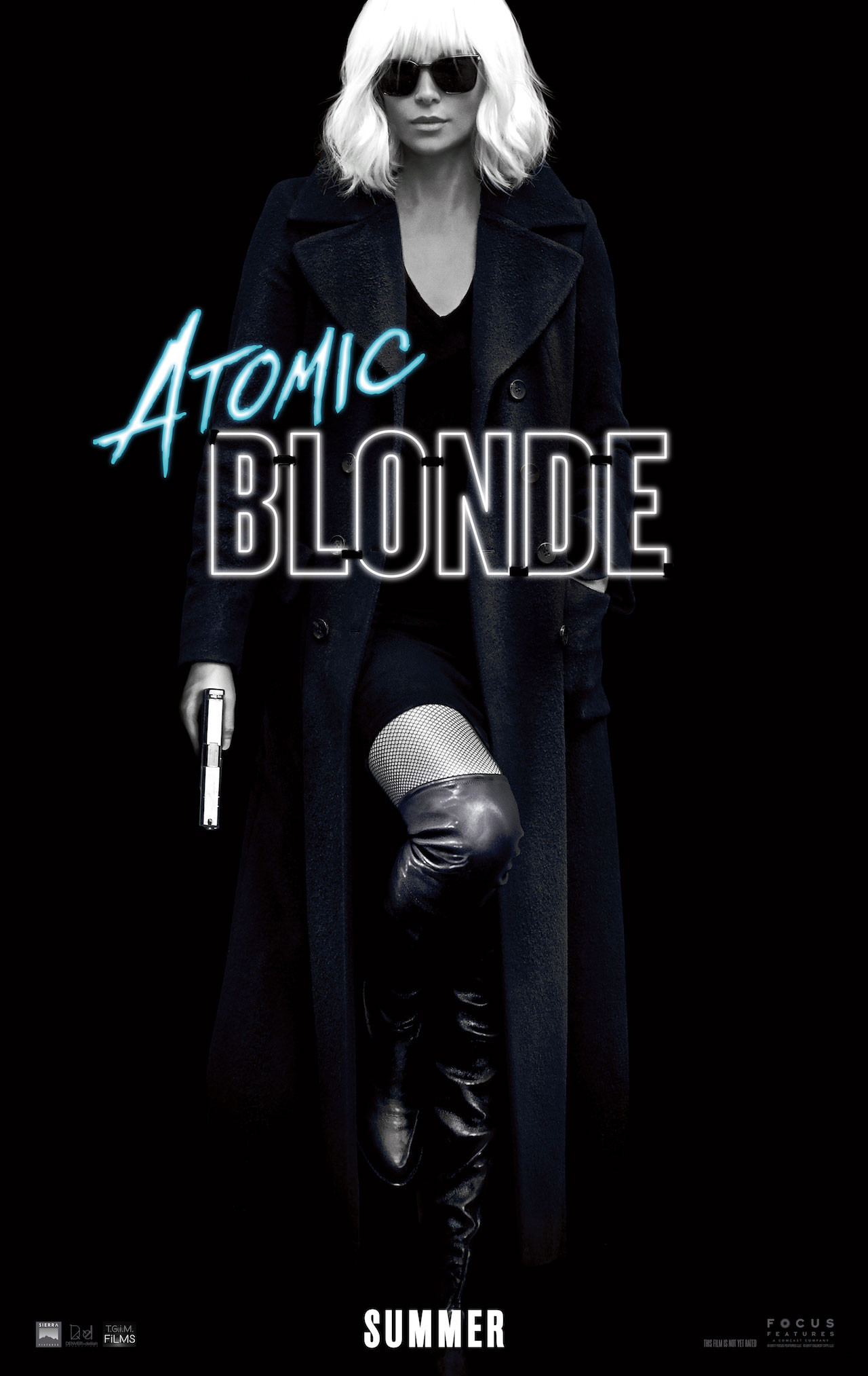 Atomic Blonde: il poster del film con Charlize Theron