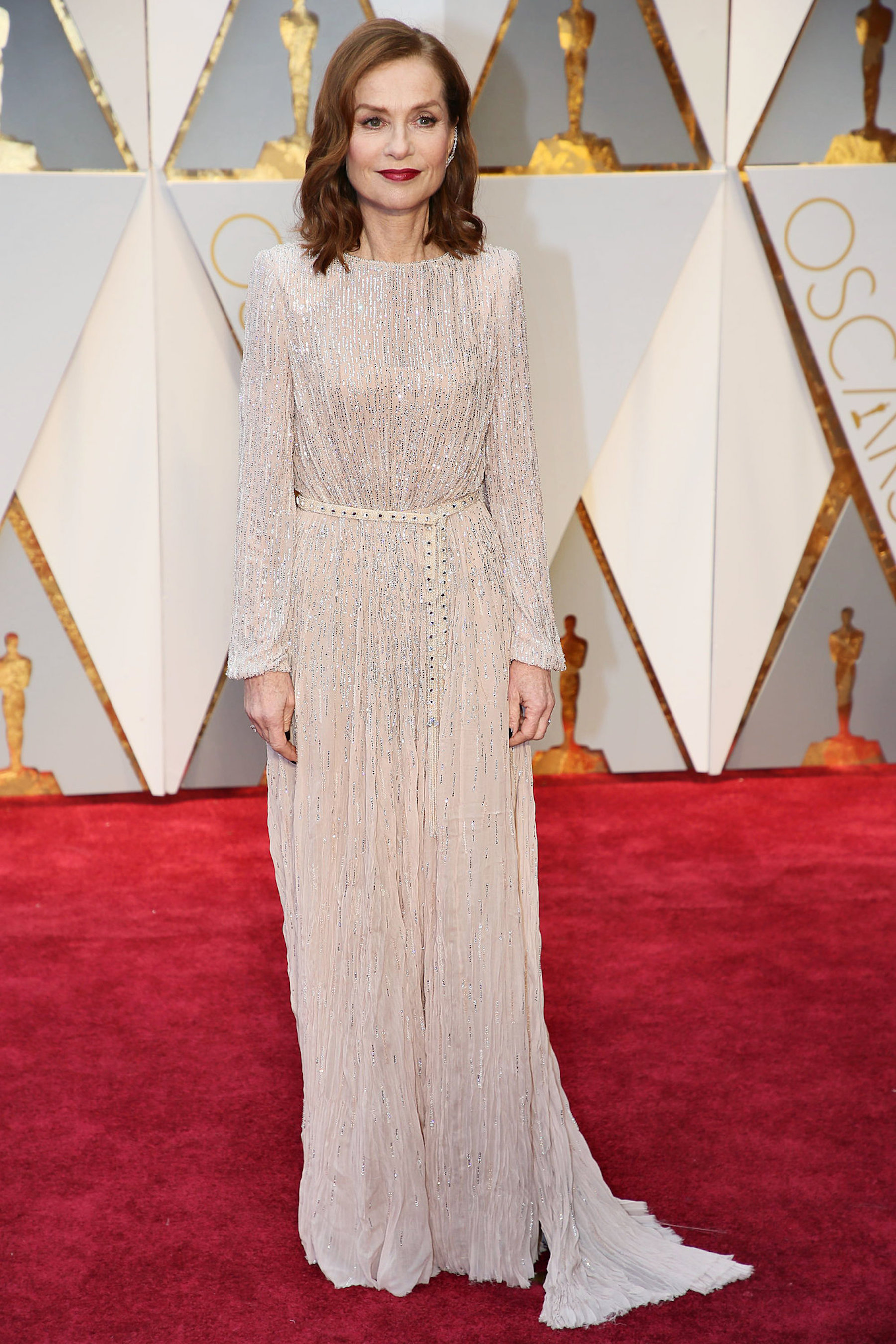 Oscar 2017: Isabelle Huppert sul red carpet