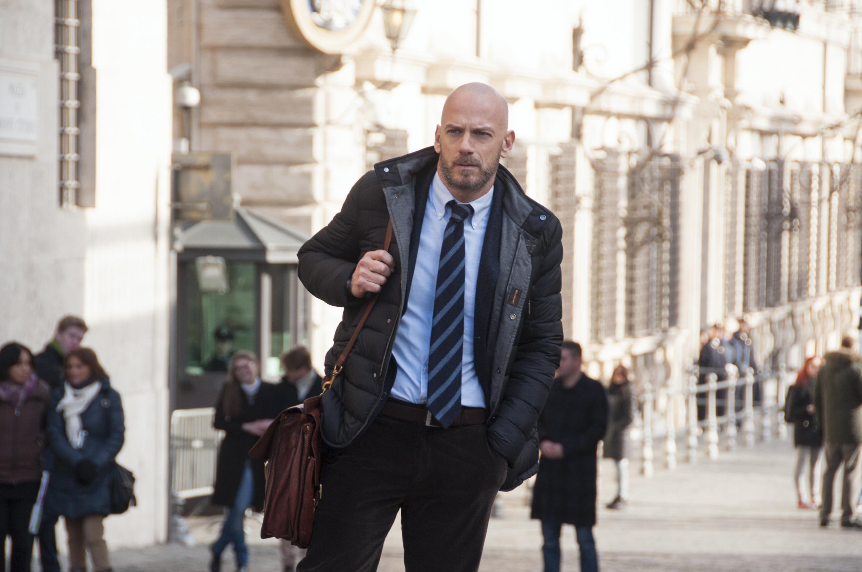 Suburra: Filippo Nigro in una foto della serie