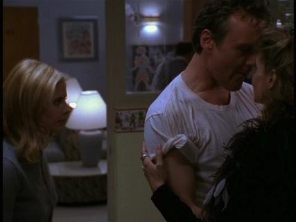Buffy the Vampire slayer: una scena dell'episodio I dolci della banda