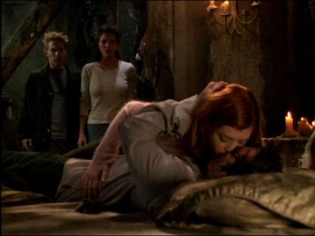 Buffy the Vampire Slayer: una scena dell'episodio Il sentiero degli amanti
