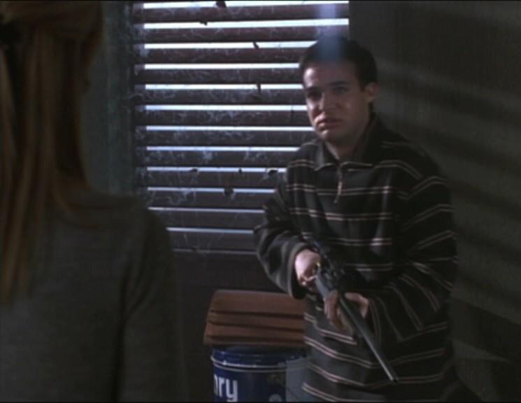 Buffy the Vampire Slayer: un momento dell'episodio Poteri metafisici