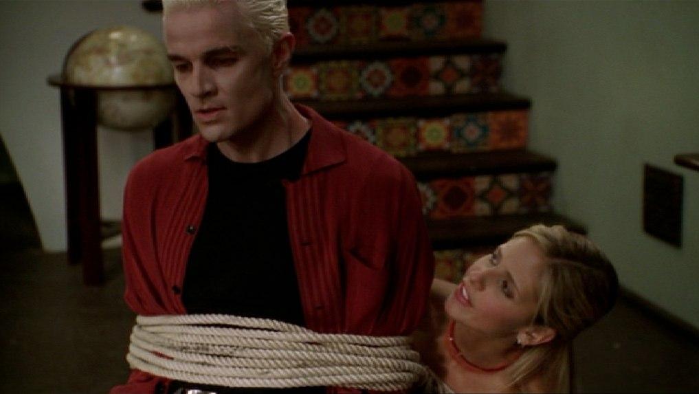 Buffy the Vampire Slayer: una scena dell'episodio Crampi