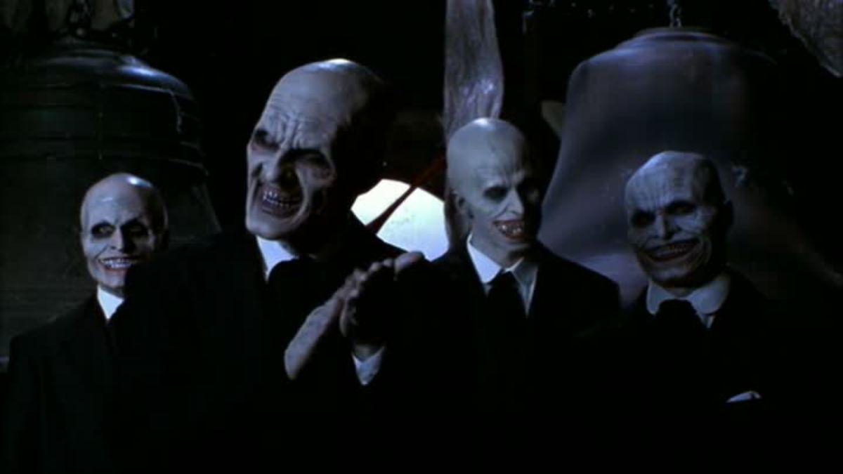 """Buffy the Vampire Slayer: i """"Gentiluomini"""" nell'episodio L'urlo che uccide"""