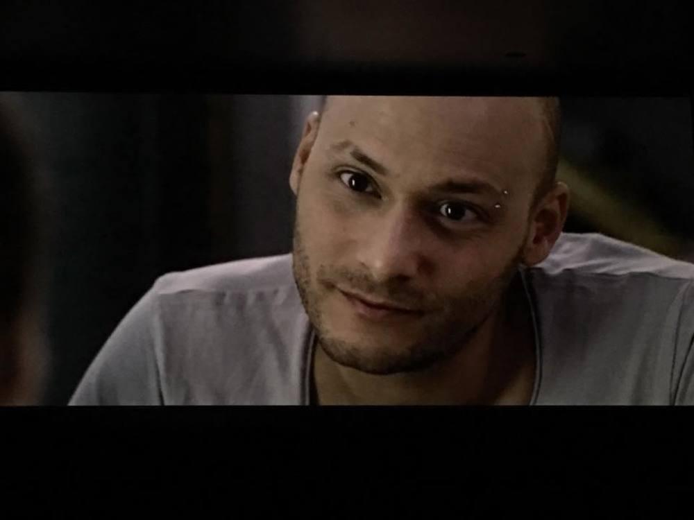 Aeffetto domino: Fabio Massa in una scena del film