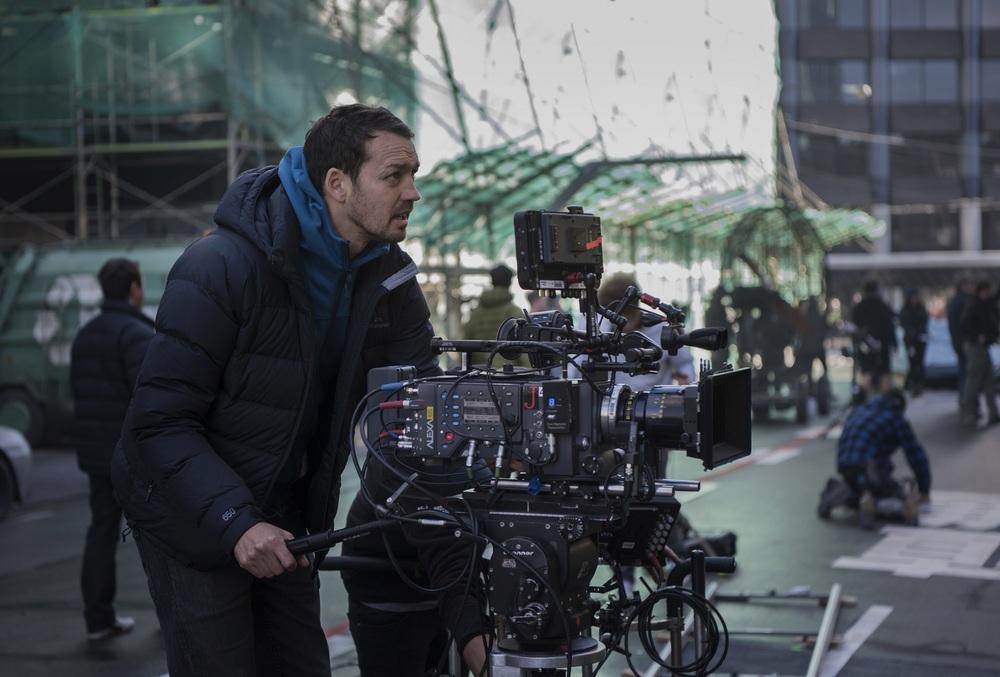 Ghost in the Shell: il regista Rupert Sanders al lavoro sul set del film