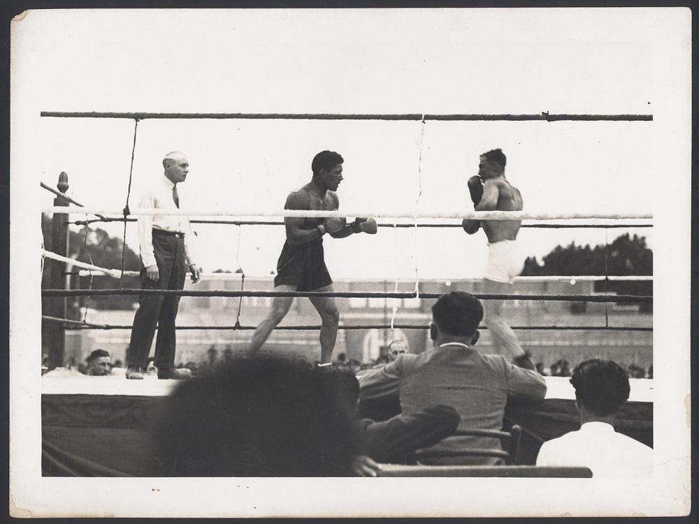 Il pugile del Duce: un'immagine d'epoca tratta dal documentario