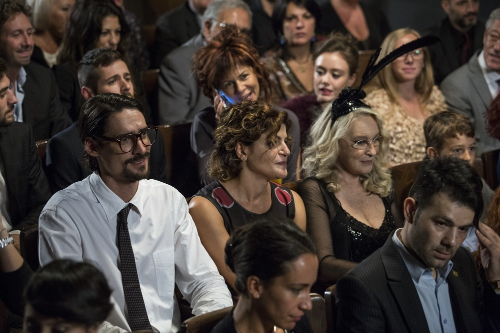 La mia famiglia a soqquadro: Bianca Nappi, Marco Cocci ed Eleonora Giorgi in una scena del film