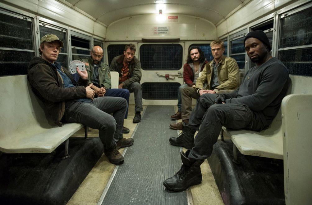 The Predator: Thomas Jane, Alfie Allen e il resto del cast